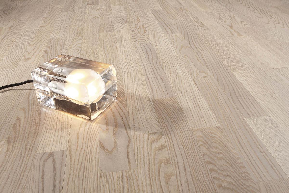 Karelia 100906 Дъб натур ванила мат 3S